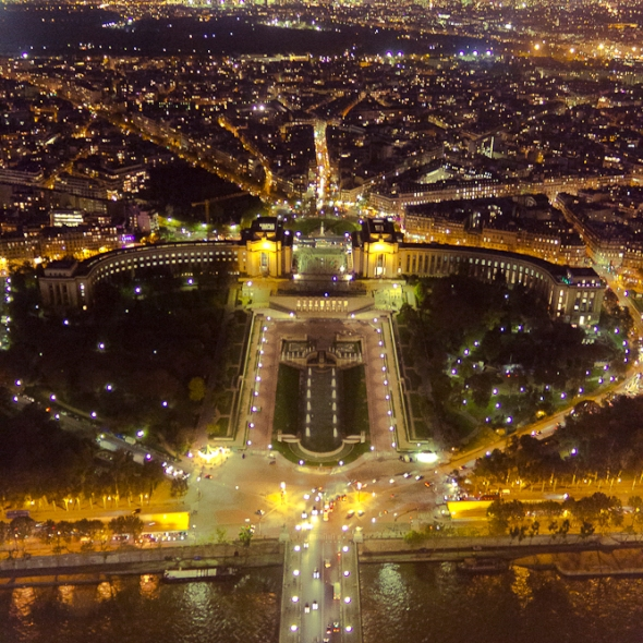 Paris - Ciudad Luz - Faroliando - William Galindo